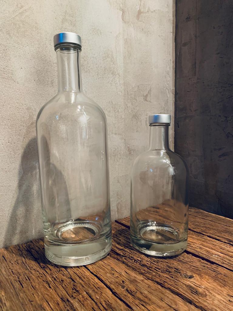 Bouteilles en verre ecoaqua de 1 litre et 0.5 litre